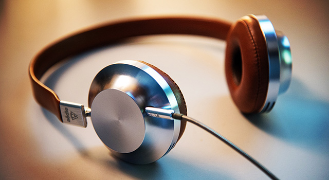 brown_silver_headphones